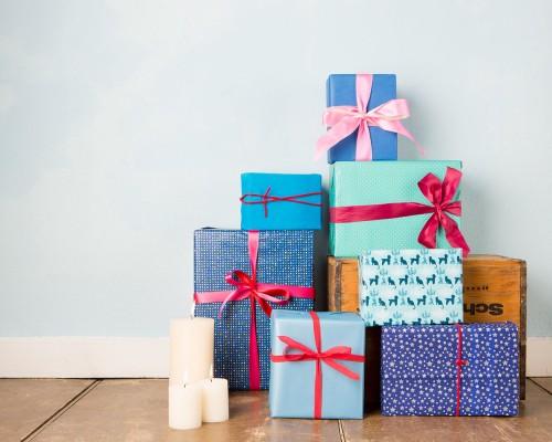 Idei de cadouri speciale de oferit familiei si prietenilor