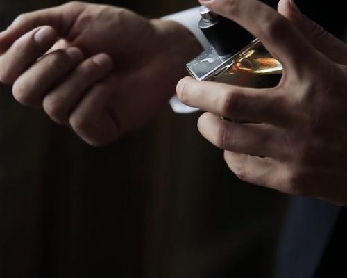 parfumuri persistente barbati