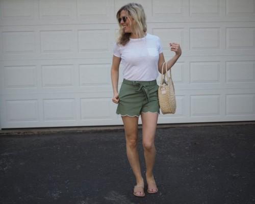 Top Pantaloni Scurti De Dama La Moda