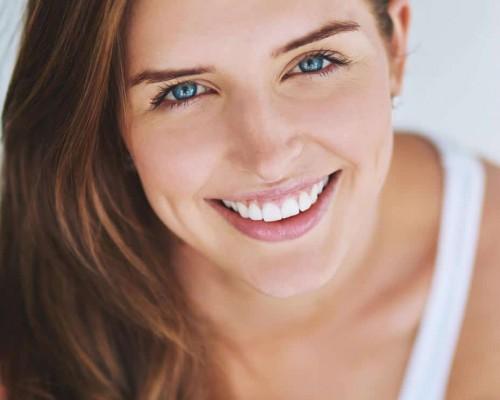 Produse recomandate pentru albirea dintilor