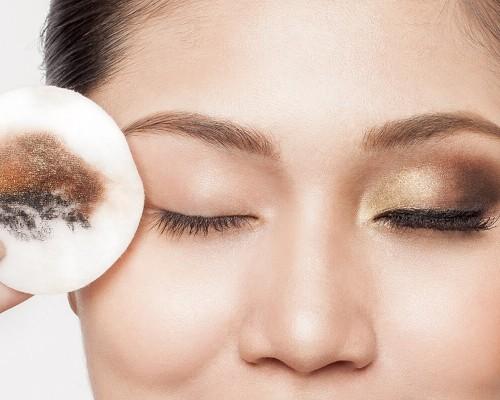 Alege cea mai buna apa micelara pentru pielea ta