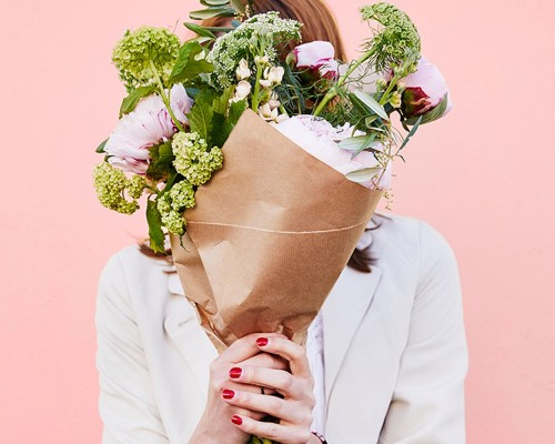 Cum alegi cea mai buna florarie online