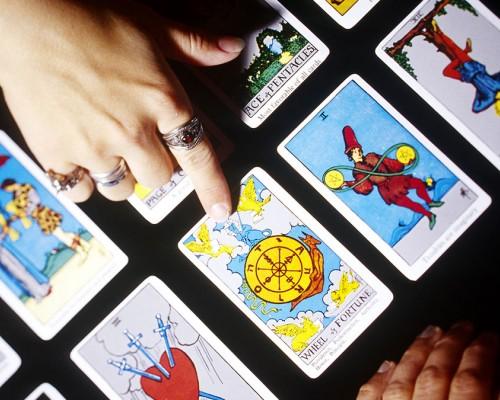 Tarot Online 2021 - Vezi ce-ti rezerva cartile