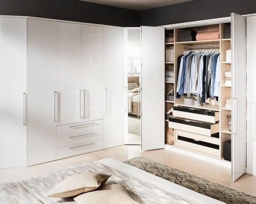 Cele mai noi modele de dulapuri haine pentru fiecare stil de amenajare interioara