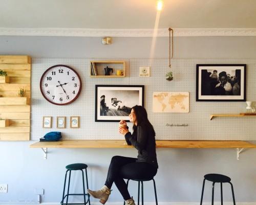 3 moduri în care îți poți decora casa ieftin și cu bun gust
