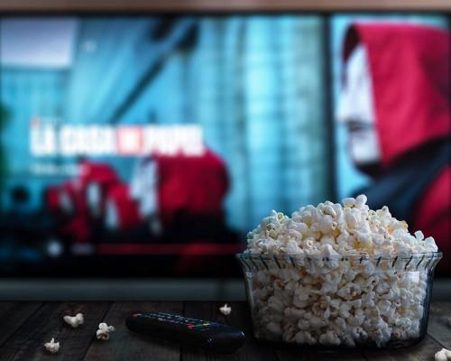 Filmele online. Iata care sunt avantajele vizionarii lor