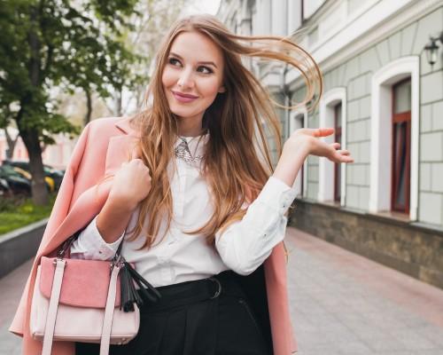 Ce tendințe vor domina moda feminină în acest sezon?
